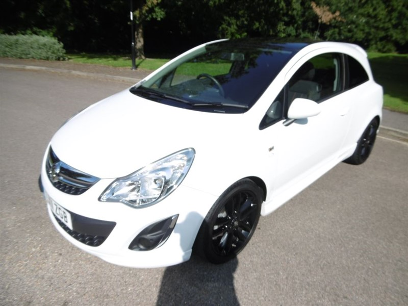 used Vauxhall Corsa LIMITED EDITION LOOK @ THE MILEAGE. in west-sussex