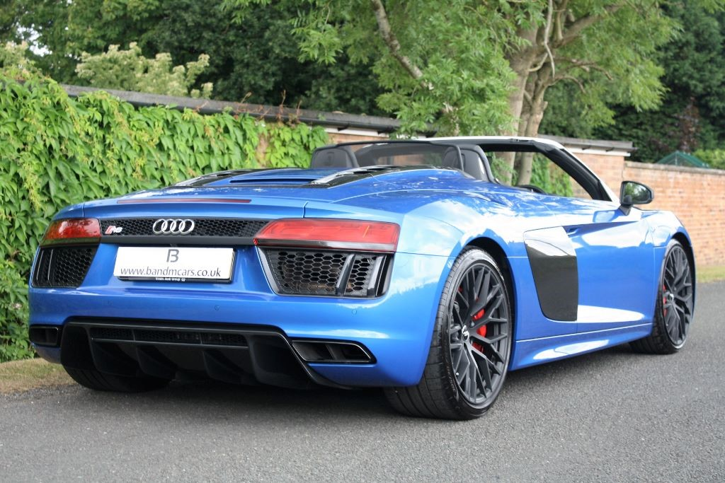 audi r8 spyder v10 quattro for sale stratford upon avon warwickshire b m sports prestige. Black Bedroom Furniture Sets. Home Design Ideas
