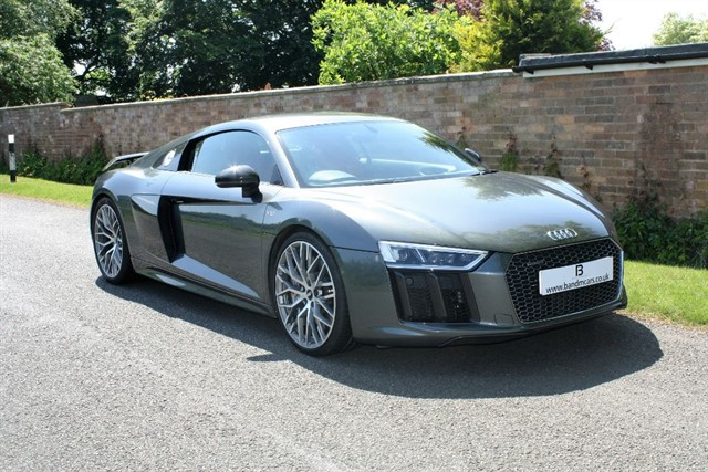 used Audi R8 V10 PLUS QUATTRO in stratford-upon-avon