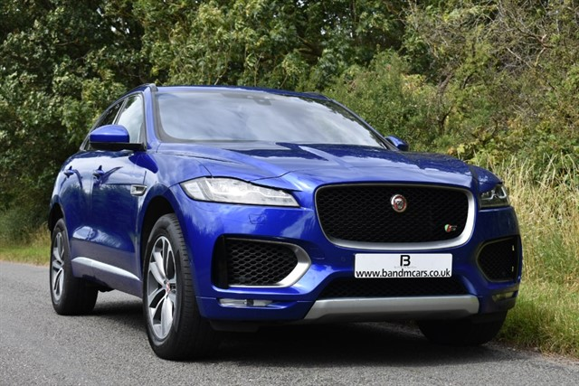 used Jaguar F-Pace V6 FIRST EDITION AWD in stratford-upon-avon