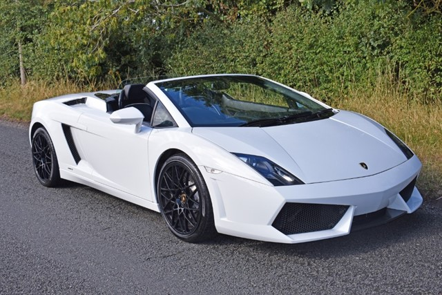 used Lamborghini Gallardo SPYDER 5.2 V10 LP560-4 Spyder E-Gear 4WD 2dr in stratford-upon-avon