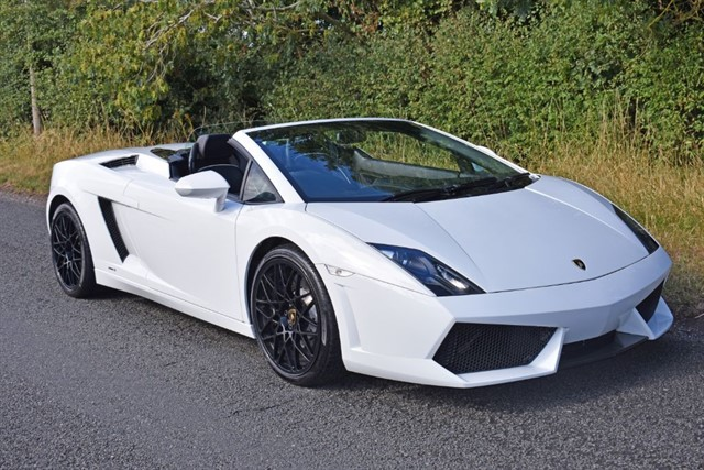 used Lamborghini Gallardo 5.2 V10 LP560-4 Spyder E-Gear 4WD in stratford-upon-avon