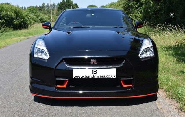 used Nissan GT-R BLACK EDITION in stratford-upon-avon