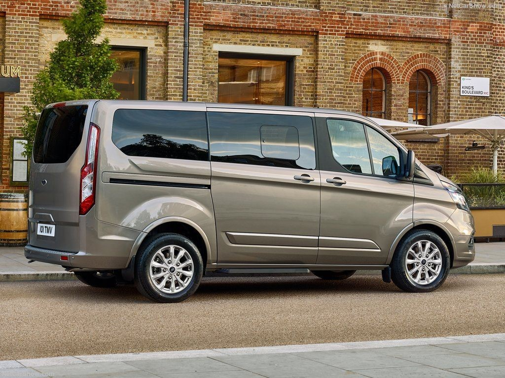 1181b51f66a5b5 Used Ford Tourneo Custom For Sale