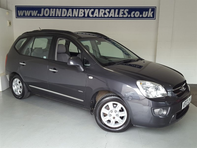 used Kia Carens 2.0 GS CRDI Diesel Automatic 7 Seater 1 Family Owner in in-lincolnshire