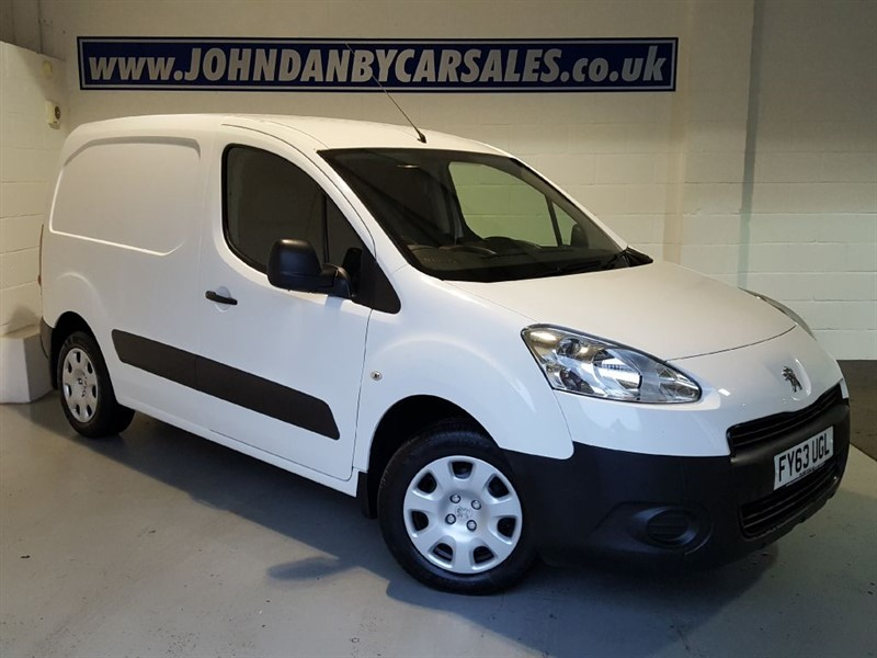 used Peugeot Partner 1.6 HDI Professional A/c L1 625 in in-lincolnshire