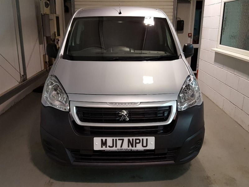 used Peugeot Partner Van 1.6 Blue Hdi (100) SE L1 ONLY 8250 MILES! in in-lincolnshire