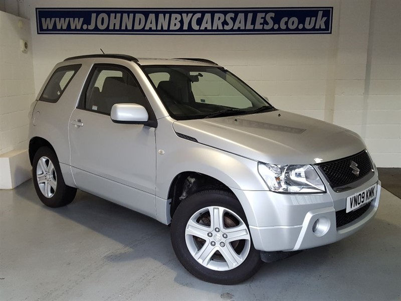 used Suzuki Grand Vitara 1.6 VVT + 3 Door 4WD in in-lincolnshire