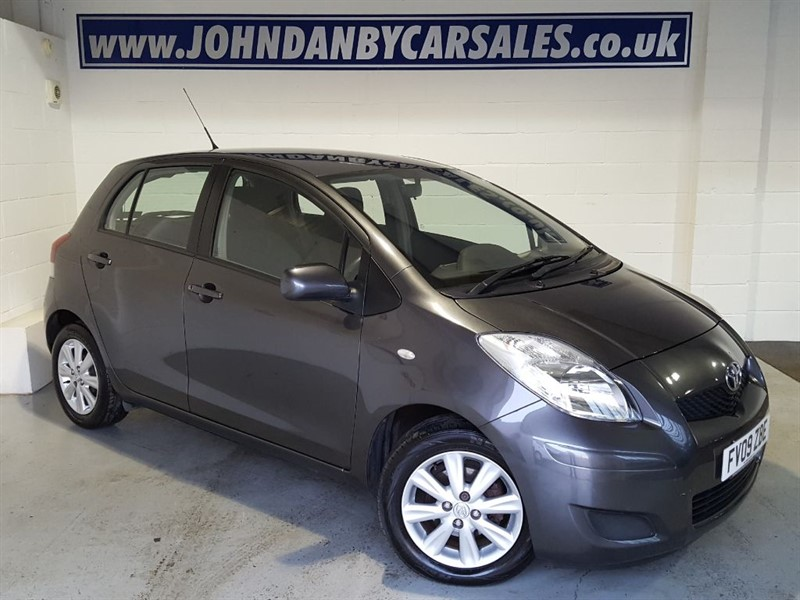 used Toyota Yaris TR 1.3 VVT-I 5 Door 6 Speed Manual in in-lincolnshire