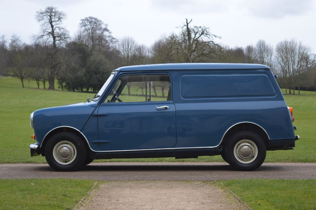 austin mini 95l mini van for sale hitchin hertfordshire the car agents. Black Bedroom Furniture Sets. Home Design Ideas