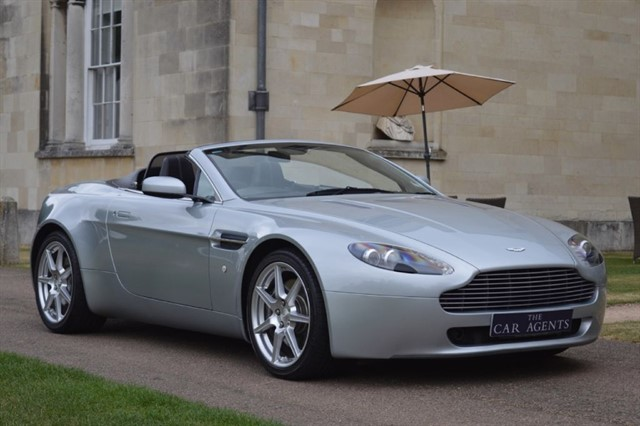 used Aston Martin Vantage V8 ROADSTER in hitchin-hertfordshire