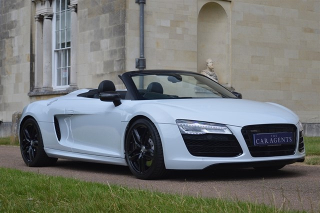 used Audi R8 SPYDER V10 QUATTRO in hitchin-hertfordshire