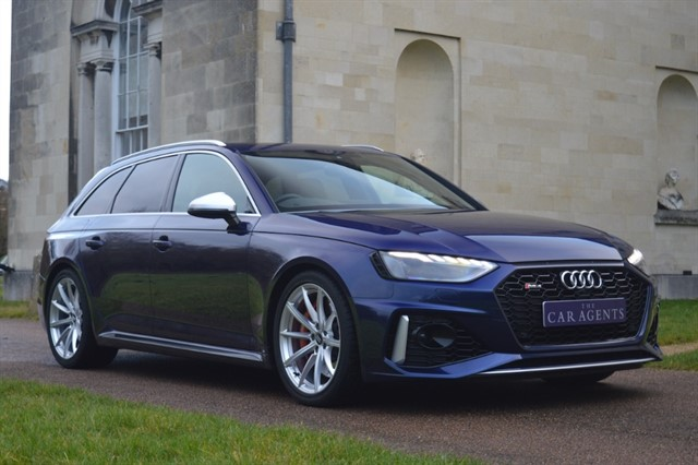 used Audi RS4 Avant RS 4 TFSI QUATTRO - CLICK & COLLECT or FREE DELIVERY in hitchin-hertfordshire
