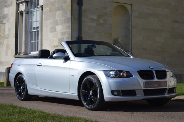 used BMW 320i SE Convertible -FREE NATIONWIDE DELIVERY in hitchin-hertfordshire