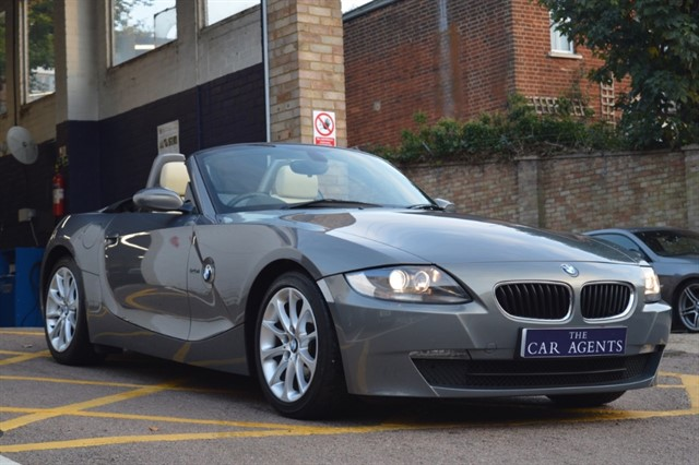 used BMW Z4 ROADSTER EXCLUSIVE Edition in hitchin-hertfordshire