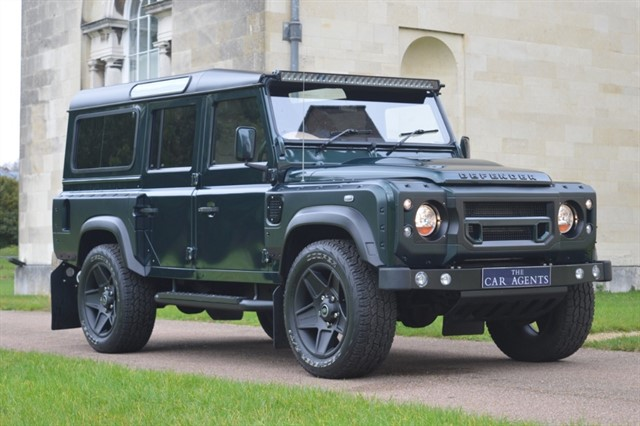 used Land Rover Defender 110 TD STATION WAGON WIDE TRACK KAHN - CLICK & COLLECT or HOME DELIVERY in hitchin-hertfordshire