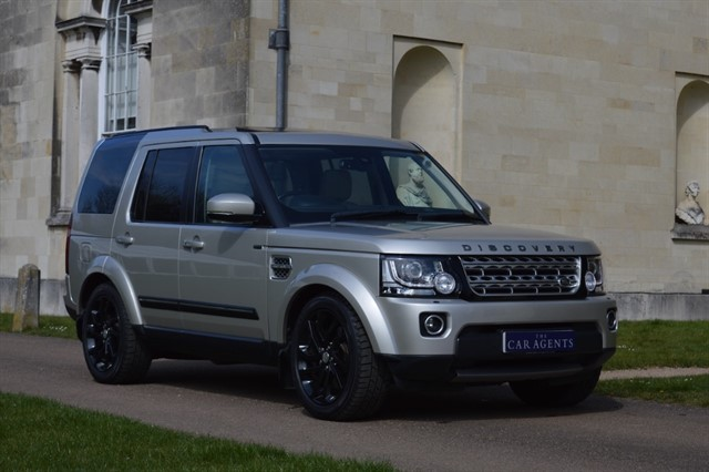 used Land Rover Discovery SDV6 HSE Facelift Model in hitchin-hertfordshire
