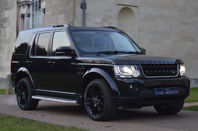 used Land Rover Discovery SDV6 SE TECH in hitchin-hertfordshire