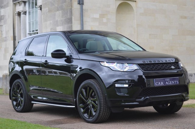used Land Rover Discovery Sport TD4 HSE DYNAMIC LUX in hitchin-hertfordshire