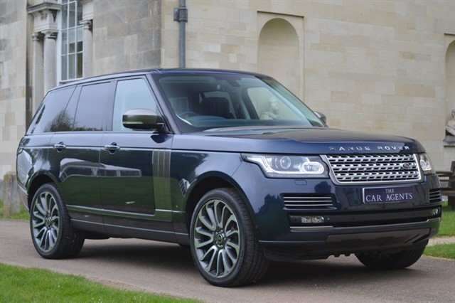 used Land Rover Range Rover SDV8 Autobiography in hitchin-hertfordshire