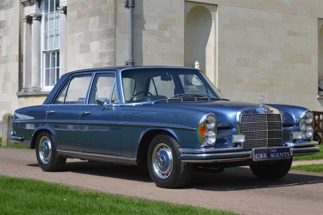 used Mercedes 280 SE in hitchin-hertfordshire