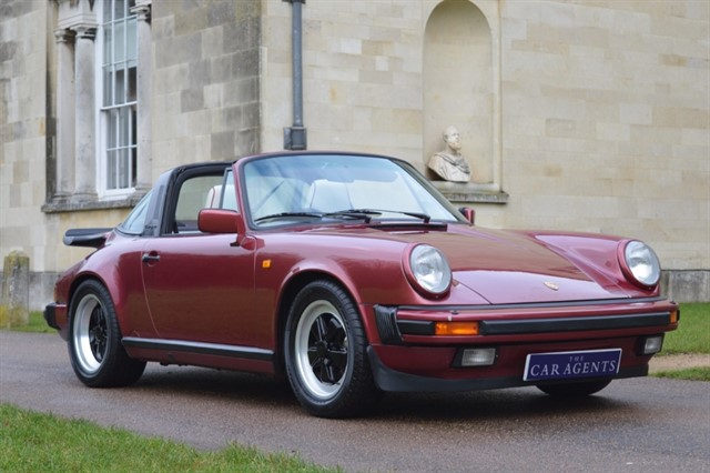 used Porsche 911 Waiting to be delivered to West Sussex in hitchin-hertfordshire