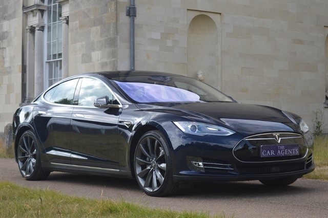 used Tesla Model S E85 Family Pack in hitchin-hertfordshire