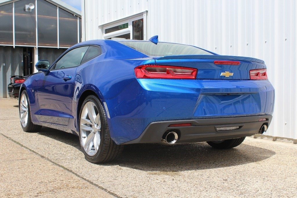 used hyper blue chevrolet camaro for sale virginia water surrey. Black Bedroom Furniture Sets. Home Design Ideas