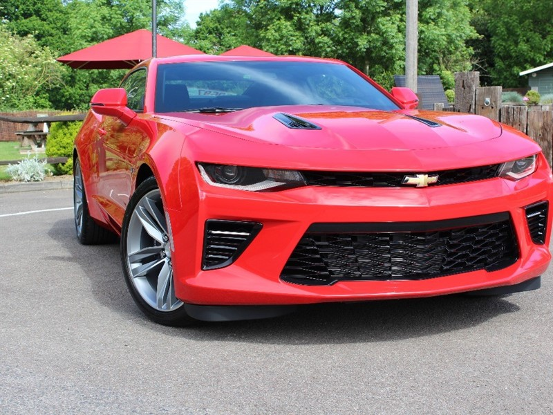 used Chevrolet Camaro 6.2 V8 in virginia-water