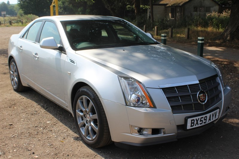 used Cadillac CTS V6 SPORT LUXURY in virginia-water