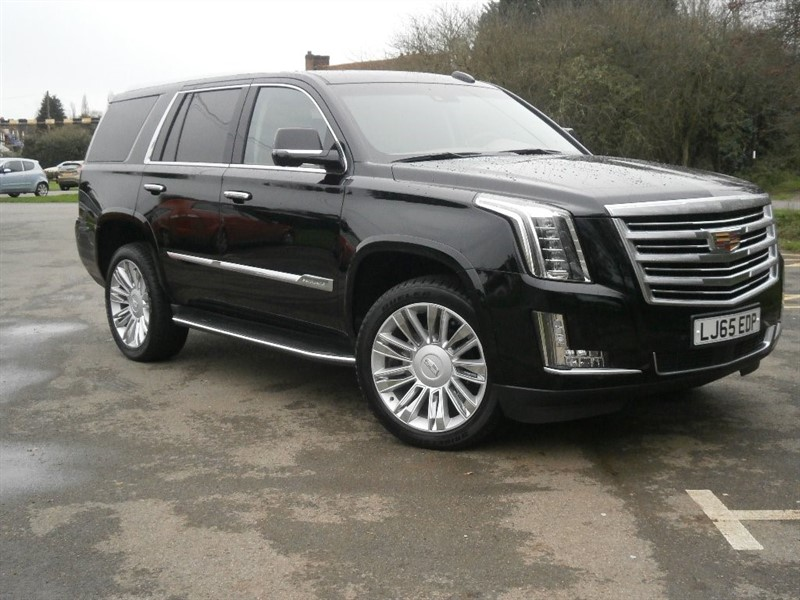 used Cadillac Escalade V8 Platinum AWD 5dr in virginia-water