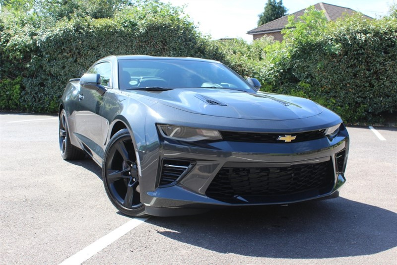 used Chevrolet Camaro V8 in virginia-water