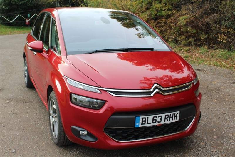 used Citroen C4 Picasso 1.6 E-HDI AIRDREAM EXCLUSIVE in virginia-water
