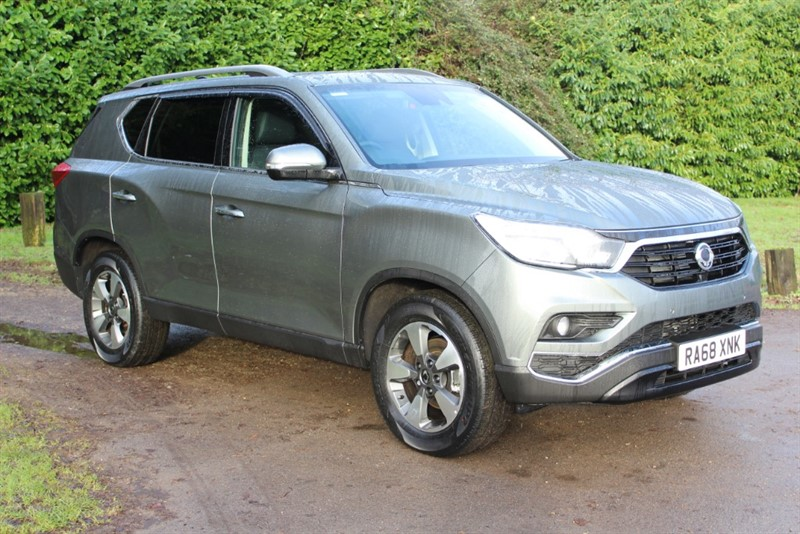 used Ssangyong Rexton 2.2D ELX AUTO 7 SEATS in virginia-water