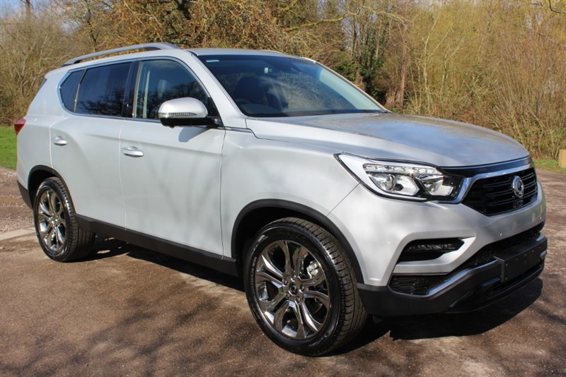 used Ssangyong Rexton 2.2D ULTIMATE AUTO 4X4 in virginia-water