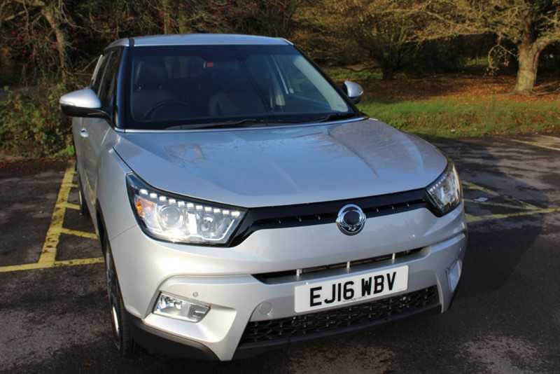 used Ssangyong Tivoli 1.6 ELX in virginia-water