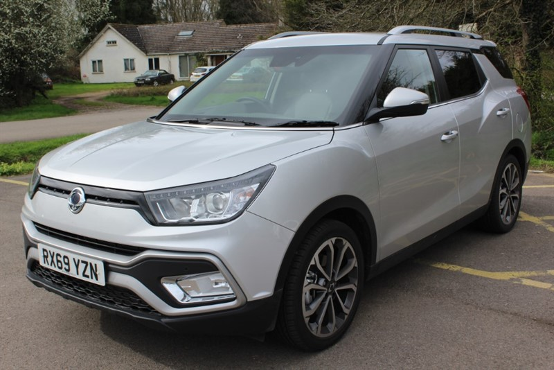 used Ssangyong Tivoli XLV 1.6 Ultimate Auto in virginia-water