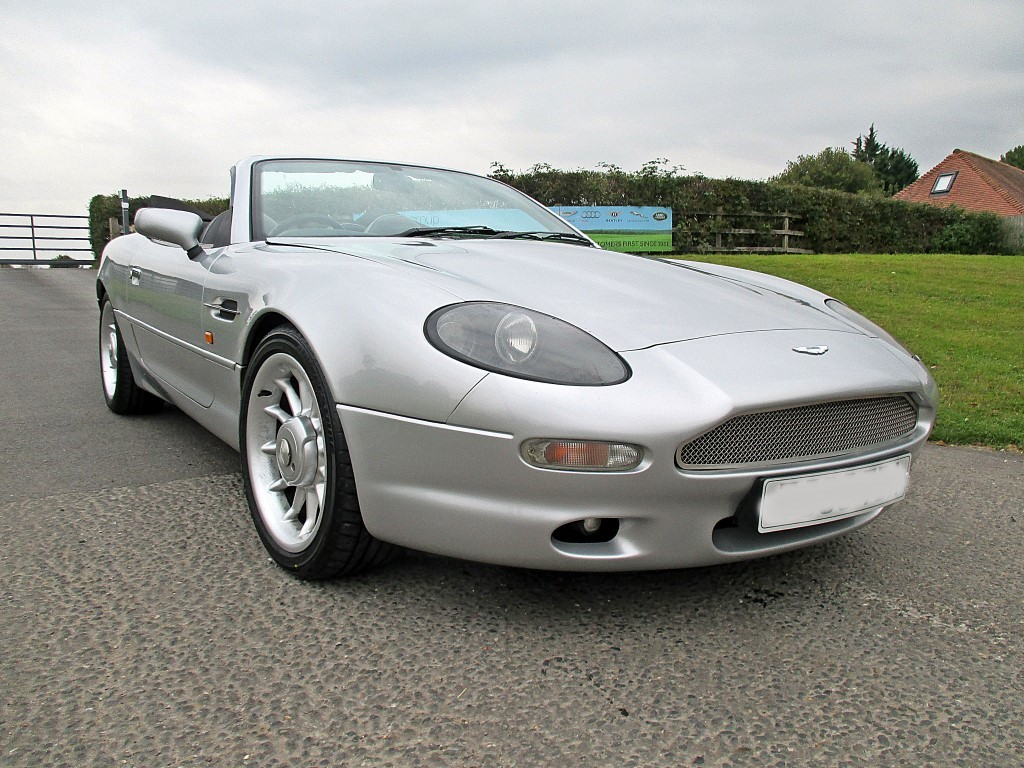 Aston Martin DB7 VOLANTE Alfred Dunhill Ltd Edition For