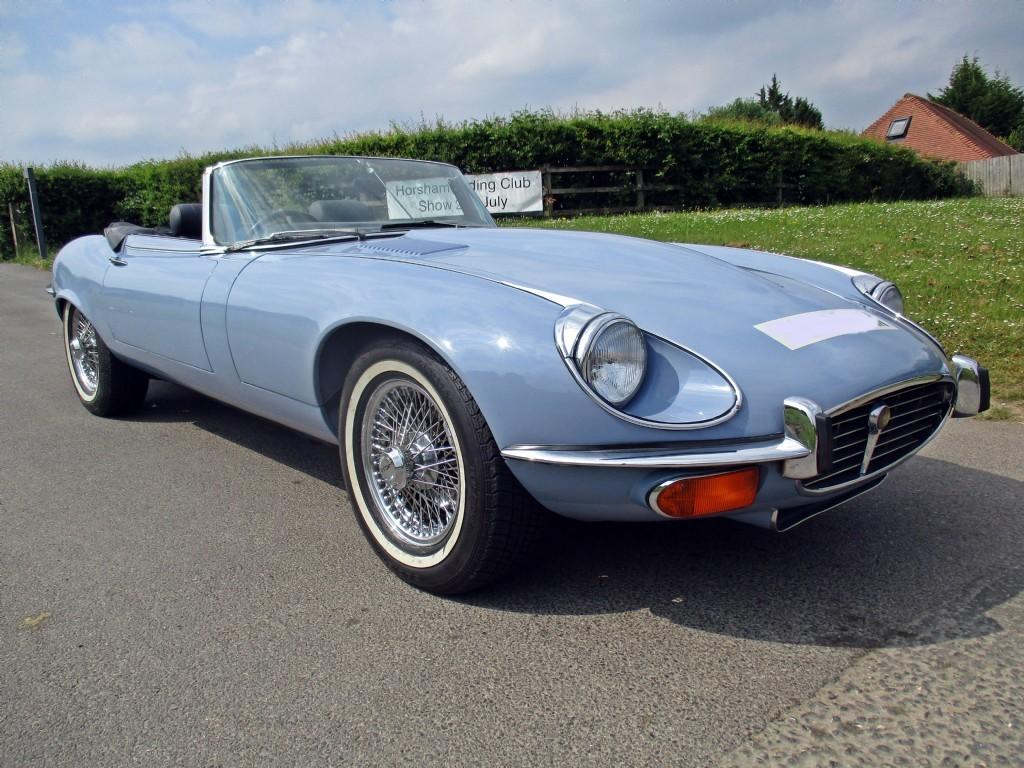 jaguar type e cabriolet jaguar type e cabriolet 4 2l 1968 classic car photo jaguar type e s. Black Bedroom Furniture Sets. Home Design Ideas