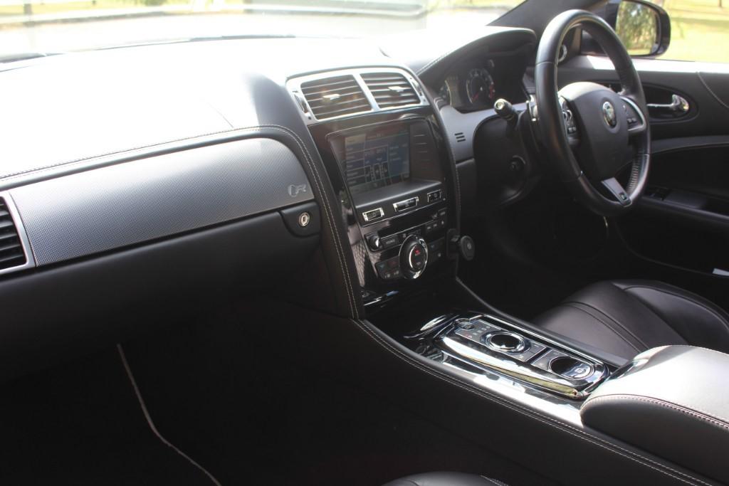 Jaguar XKR