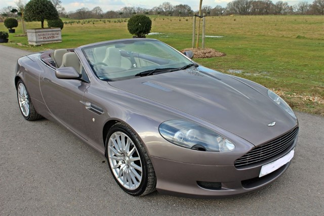 used Aston Martin DB9 V12 VOLANTE in west-sussex