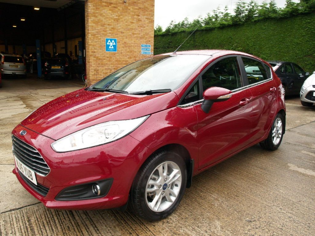 used hot magenta ford fiesta for sale gloucestershire. Black Bedroom Furniture Sets. Home Design Ideas