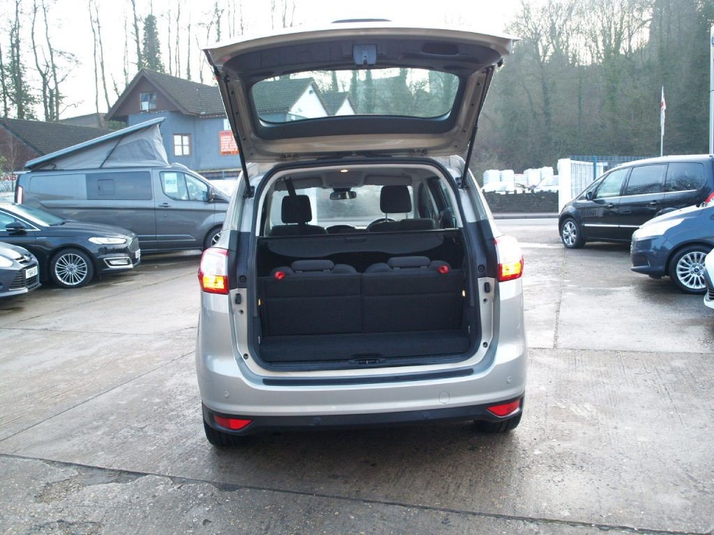 used tectonic silver ford grand c max for sale gloucestershire. Black Bedroom Furniture Sets. Home Design Ideas