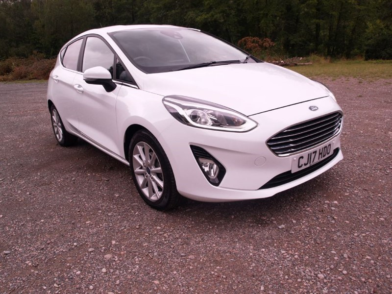 used Ford Fiesta TITANIUM in lydney