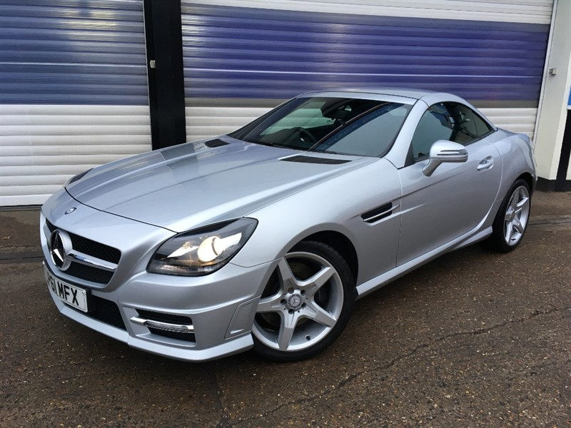 used Mercedes  SLK200 BLUEEFFICIENCY AMG SPORT in surrey