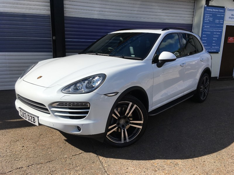 used Porsche Cayenne D V6 TIPTRONIC in surrey