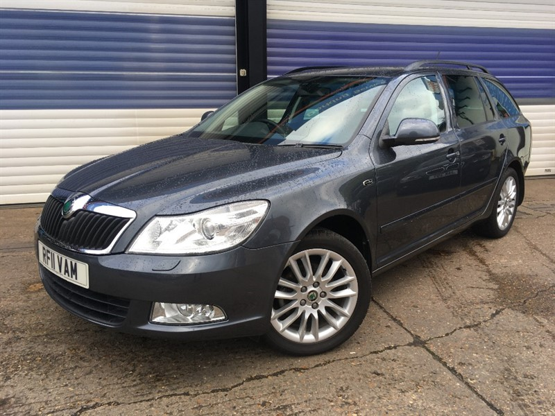 used Skoda Octavia LAURIN AND KLEMENT TSI DSG in surrey