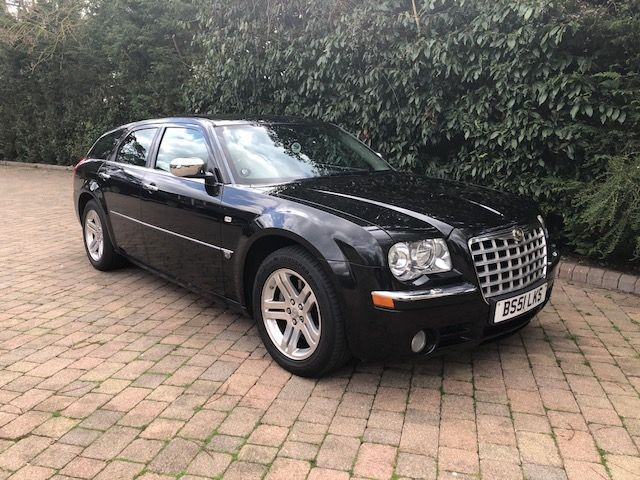 used Chrysler 300C V6 in London