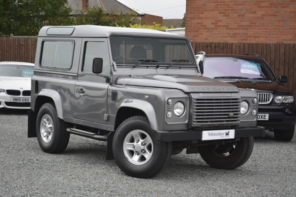 used Land Rover Defender 90 XS STATION WAGON in leicestershire