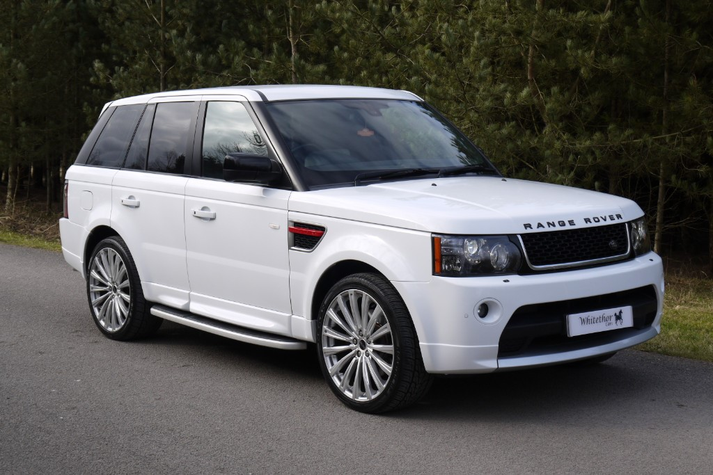 used Land Rover Range Rover Sport SDV6 HSE RED in leicestershire